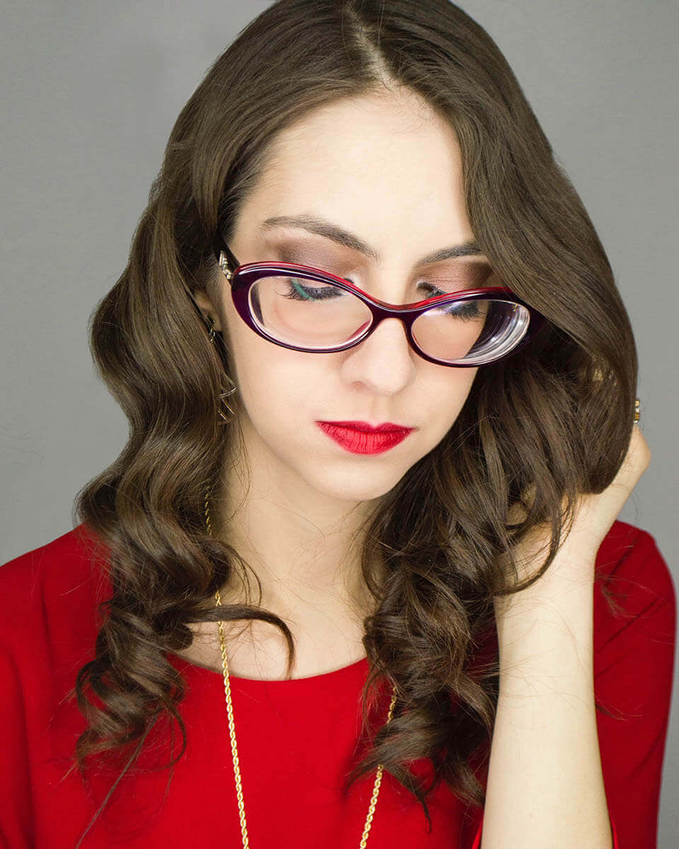 Makeup for glasses and red lipstick