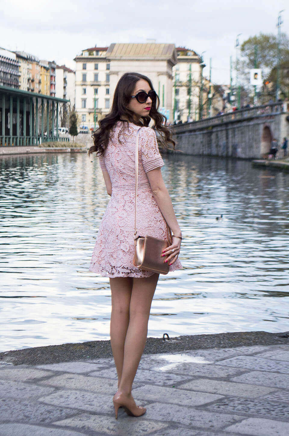 Lace dress - Manu Luize outfit