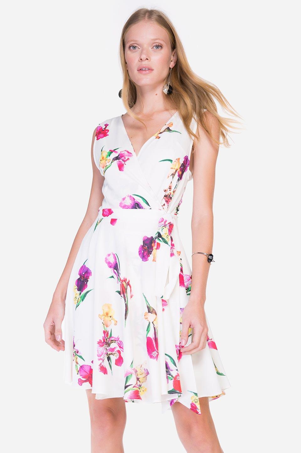 Vestido branco floral