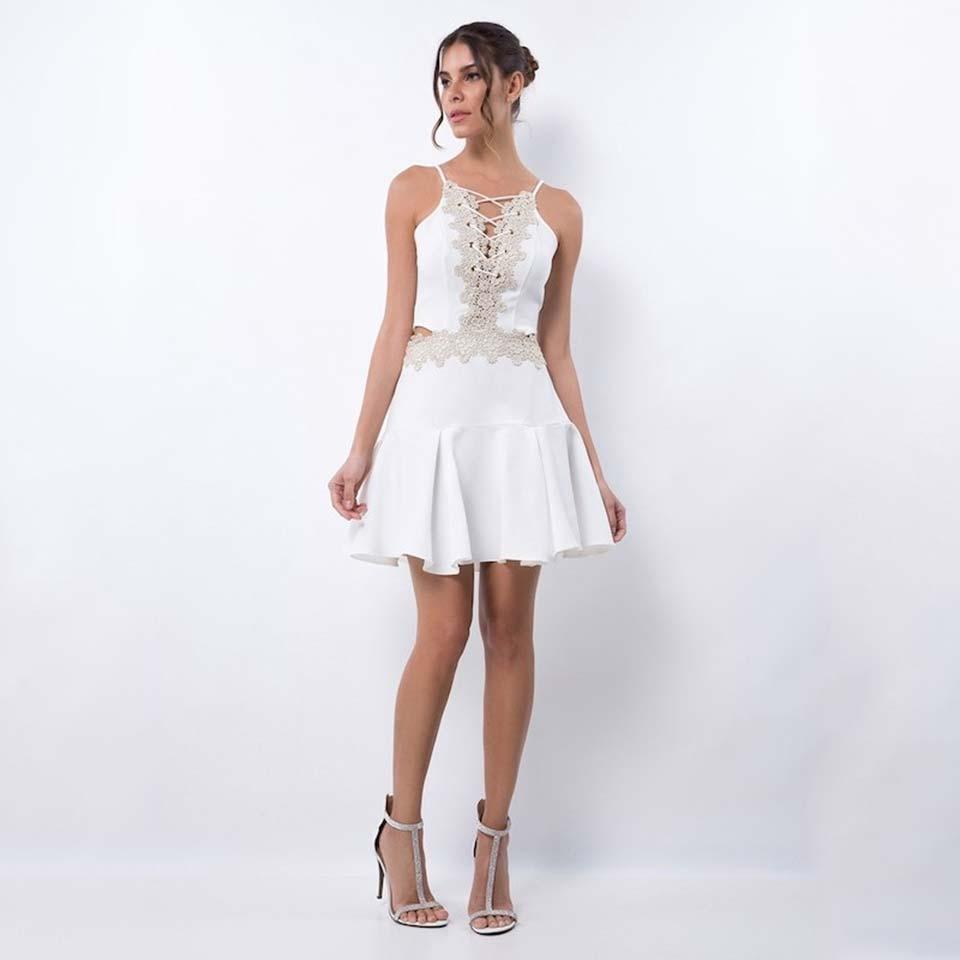 Vestidos branco com renda