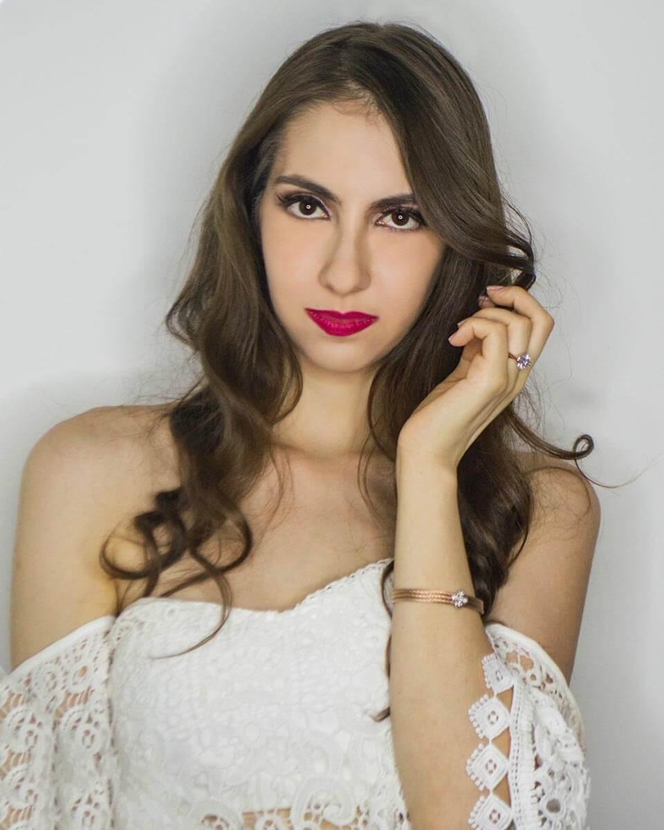 Makeup - Manu Luize