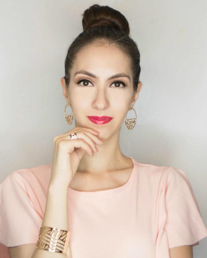 Manu Luize Makeup - Pink Jumpsuit