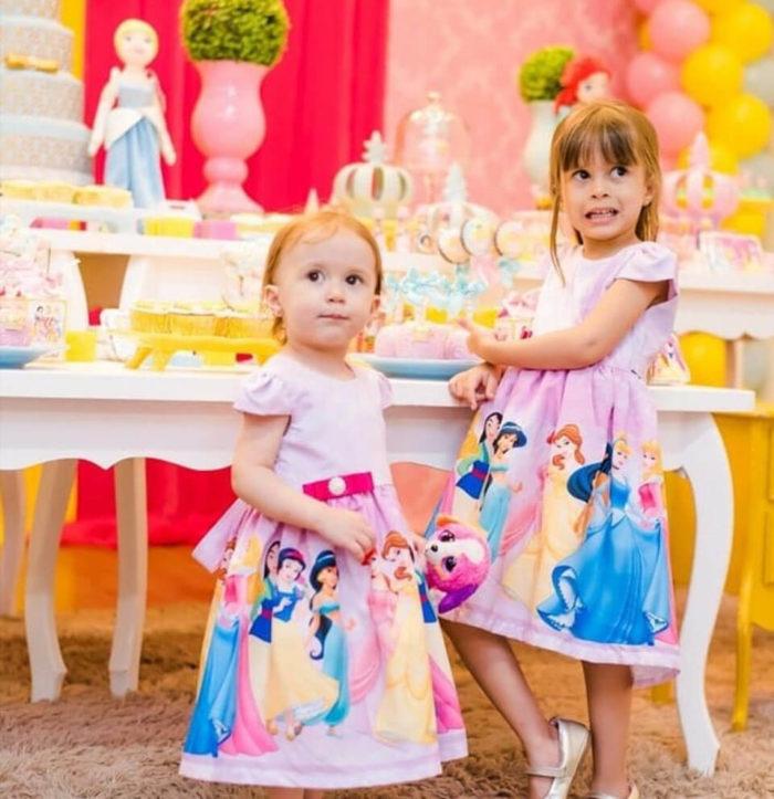 Vestido de festa infantil princesas Disney