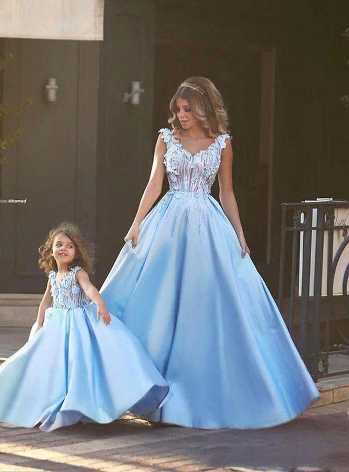 Vestido de festa: mãe e filha