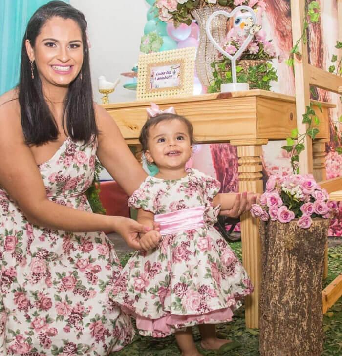 Vestidos de festa infantil: mãe e filha