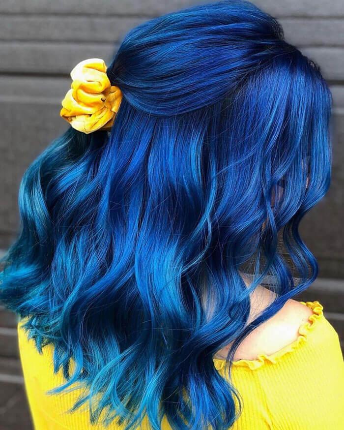 Cabelo azul escuro lindo