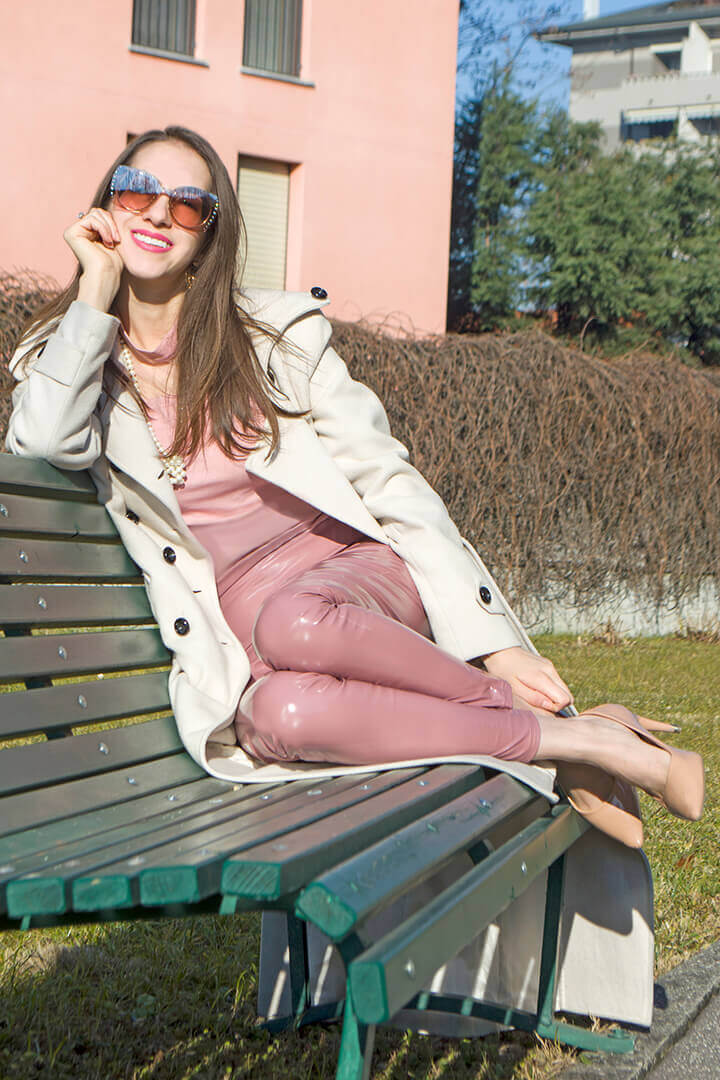 Dusty pink High Shine PU legging outfit