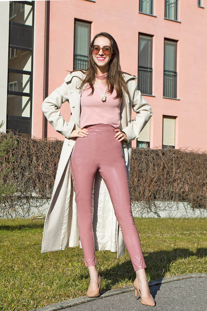 Pink PU leggings outfit