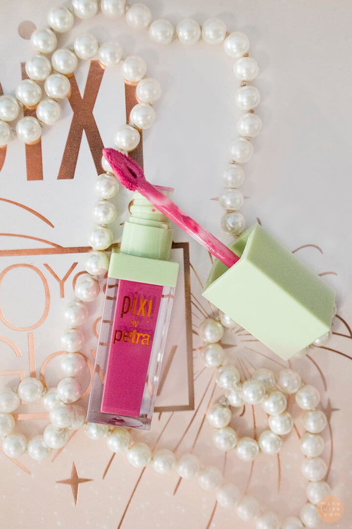 Pixi Pleasing pink lipstick