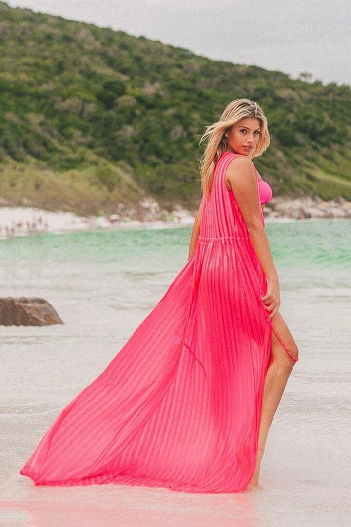 Saída de praia longa rosa