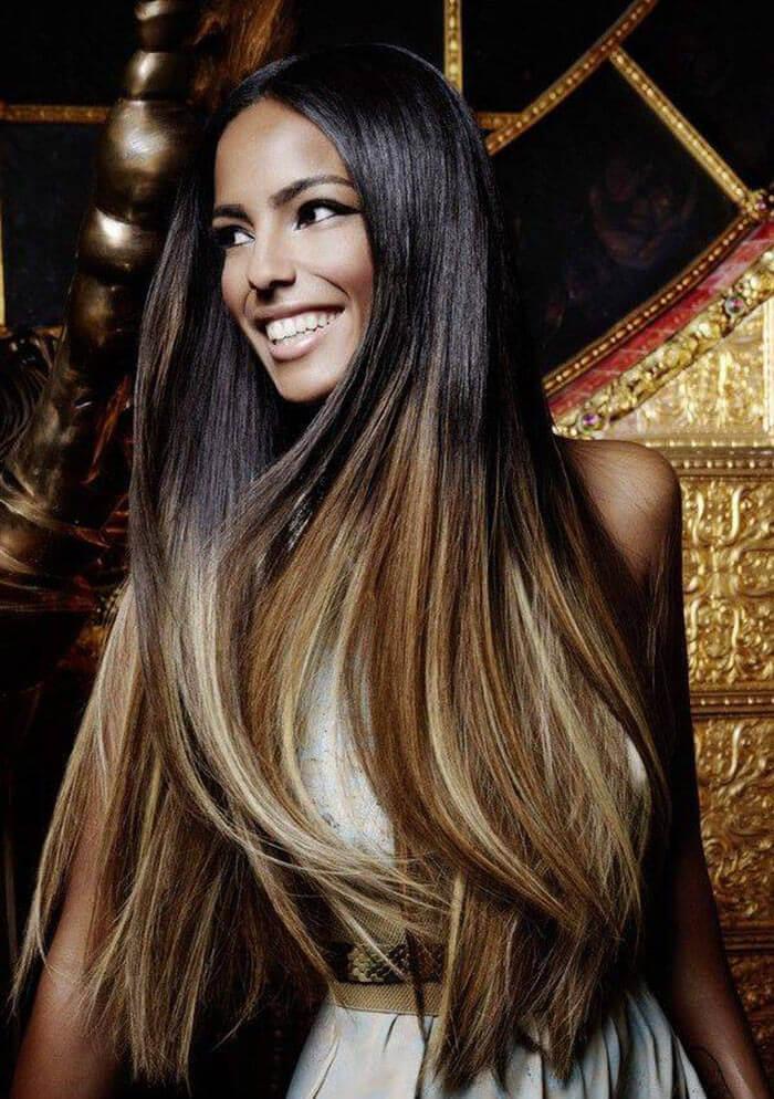 Tagli di capelli lunghi dritti