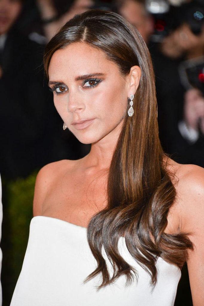Tagli di capelli lunghi dritti: Victoria Beckham