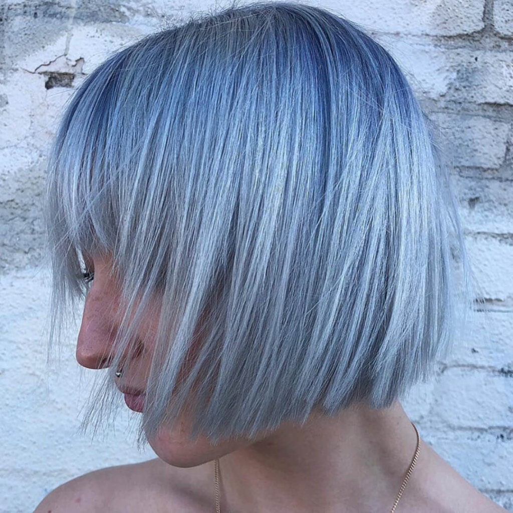 Azul claro: cabelos